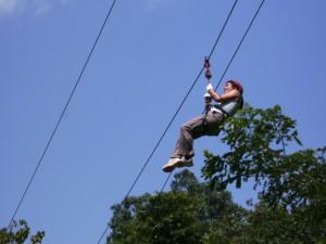 Schnelle Fahrt an der Zipline im Mapawa Nature Park