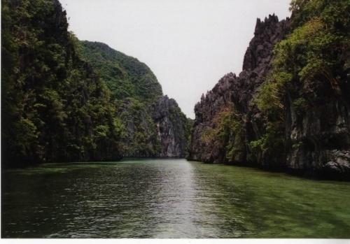 Unvergessliche Augenblicke wird man auf den Philippinen vor allem im Norden von Palawan in der Nähe von El Nido erleben.