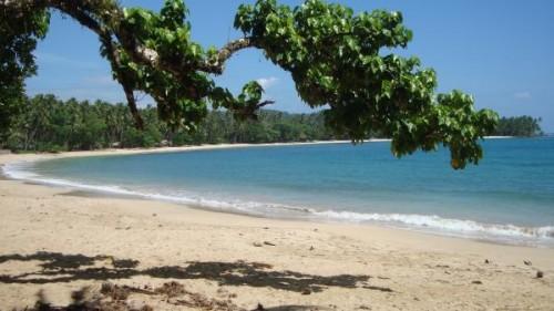 Der Bikini Beach liegt im Osten und Mindanao und etwa 20 km von der Stadt Tandag entfernt