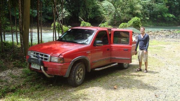 Mit einem roten Jeep entlang der Ostküste Mindanaos von Davao bis Surigao City