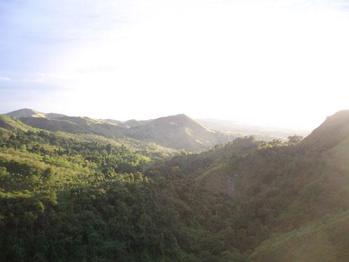 Nähe Cagayan de Oro City gibt es viele Naturparks und wunderschöne Valley / Täler