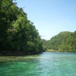 Das türkisfarbene Wasser in Siargao erinnert an Palawan