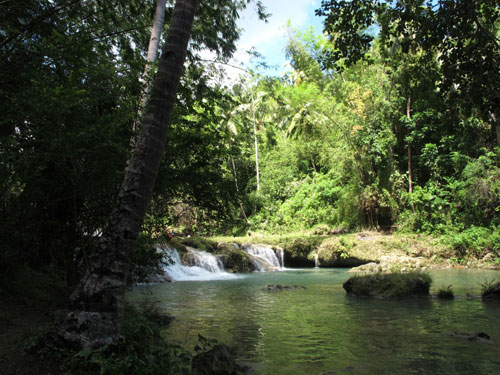 Cambughay Wasserfälle in Siquijor nähe Dumaguete