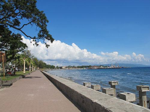 Der Boulevard in Dumaguete City