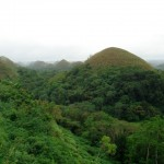 Die weltberühmten Chocolate Hills auf Bohol in den Visayas