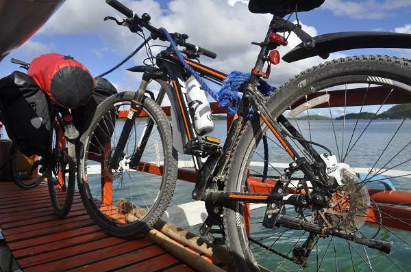 Fahrräder auf der Banka