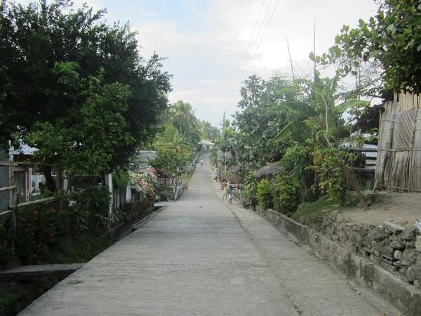 Mit weniger als 6000 Insulanern ist Limasawa die kleinste Provinz von Southern Leyte - also ein richtig verschlafenes einsames Nest:D