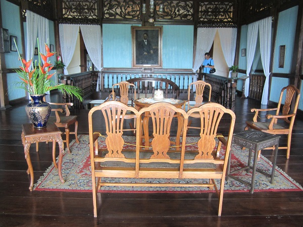 living room, Balay Negrense