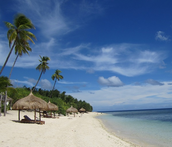 Beach Coco Grove, Siquijor