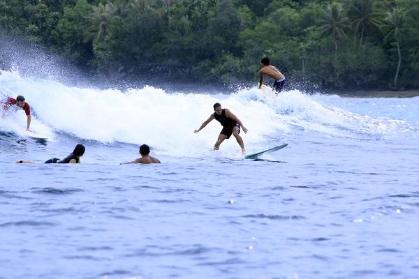 Surfing Daku Island