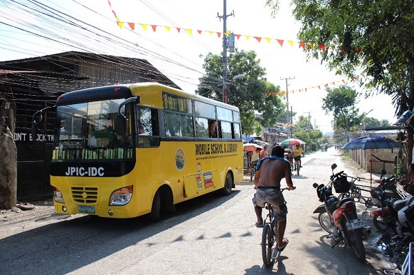 mobile school library Cebu