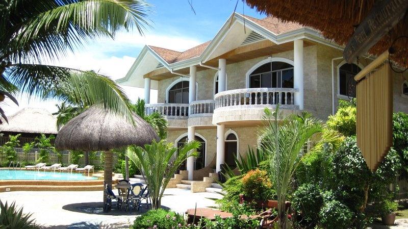 Erkunden Sie Panglao Island vom schönen Linaw Beach Resort aus