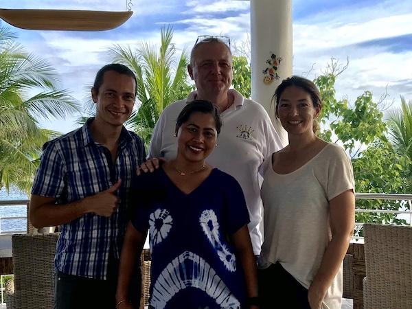 Zusammen mit Jilo und Ralf von der J&R Residence, Anda, Bohol