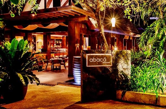 Eingang zum Abaca Restaurant auf Mactan Island