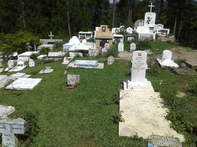 Der protestantische Friedhof in Sagada: alle Gräber gen Osten gerichtet